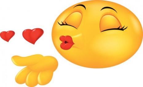 37 Caritas Felices Y Emoticones De Amor Para Whatsapp